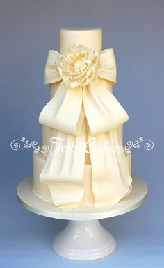 Peony and Bow Wedding Cake