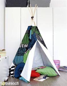Teepee of Marimekko fabric. Instructions in Finnish | Hurmaava tiipii lapsille - katso ohje ja tee itse! | Kotivinkki