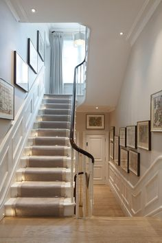runner with lights - for basement stairs? runner with lights – for basement stairs? Basement Stairs, House Stairs, Stairs And Hallway Ideas, Staircase Ideas, Stairs With Lights, Stairs With Landing, Bannister Ideas, Bright Hallway, Floating Staircase