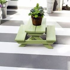 Ways Large Outdoor Planters Can Enrich Your Structure's Entrance The Ultimate Entrance, Outdoor Rugs, Holiday Arrangement, Front Porch Makeover, Garden Bedroom, Ohio Garden, Rustic Planters, Concrete Slab Patio, Outdoor Rugs Patio
