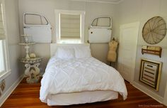 Fredericksburg Vacation Rental - VRBO 487909 - 3 BR Hill Country House in TX, Cotton Haus- Walk to Everything! Bath Table, Home Suites, Victorian Farmhouse, Rustic Art, Girl House, Repurposed, Upcycled Crafts, Diy Crafts, Bed And Breakfast
