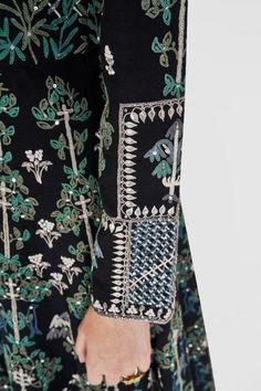 Designer Suits - Buy Aakhya Set for Women Online - - Anita Dongre Luxury Wedding Dress, Wedding Wear, Embroidery Patterns, Hand Embroidery, Designer Suits Online, Anita Dongre, Indian Wedding Outfits, Indian Wear, Traditional Outfits