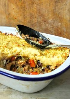 Slimming World Leftover Chicken Gammon Mushroom Pie Syn the Lot) - Tastefully Vikkie - Slimming World Leftover Chicken Gammon Mushroom Pie Syn the Lot) – Tastefully Vikkie - Old Chicken Recipe, Chicken Ham, Leftover Chicken Recipes, Leftovers Recipes, Healthy Chicken Recipes, How To Cook Chicken, Cooking Recipes, Cooked Chicken, Savoury Recipes