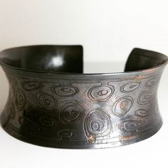 I've had this bracelet for a while, and not until now did I get around posting a picture and sharing it with you all.  -  -  **** Plateadaluna.etsy.com ****  -  -  #plateadaluna #etsyseller #etsy#etsyshop #metalsmith #silversmith #instadaily #instamood #instacool #copper #cuff #bracelet #artisan #jewelry #handmade #handcrafted #giftforher #madeincalifornia #madeinusa #supportlocal #artisans #instafun #oneofakind #newfashion #jewelrydesign