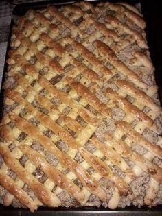 Diós rácsos, a szavam is elállt, olyan finom lett ez az édes csoda! - Egyszerű Gyors Receptek Hungarian Cake, Hungarian Recipes, Cookie Recipes, Dessert Recipes, Desserts, Hungarian Mushroom Soup, Salty Snacks, Poppy Cake, Baking And Pastry