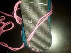 Hooking Rainbows: Flip Flop Repurpose