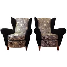 """Chic and rare pair of Italian lounge chairs covered with Pietro Fornasetti """"Sole"""" fabric circa 1980"""