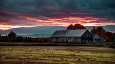 Red barn Wallpaper Miscellaneous Other Wallpapers) – Wallpapers HD Cool Wallpapers For Pc, Hd Widescreen Wallpapers, Hd Wallpaper Desktop, Cloud Wallpaper, Scenery Wallpaper, Wallpaper Downloads, Nature Wallpaper, Hd 1080p, Desktop Images