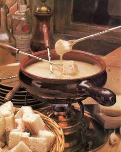 Libros de cocina y gastronomía: El gran libro de las Fondues - Receta de fondue de queso tipo suizo