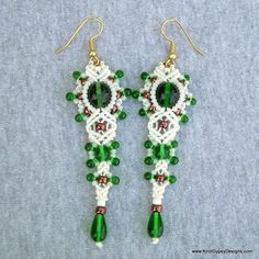 Micro Macrame EARRINGS - Frilly Diamonds in White and Green