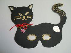 Τα πρωτάκια 1: γάτα μάσκα Carnival Crafts, Carnival Masks, Aqua Blue, Handicraft, Minnie Mouse, Disney Characters, Fictional Characters, Crafts For Kids, Kids Rugs