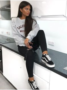- lazy outfits - 30 Best Girl Lazy Day Outfits For School - 30 Best Girl Laz ideas for school lazy days Lazy Outfits, Lazy Day Outfits For School, Casual School Outfits, Sporty Outfits, Swag Outfits, Outfits For Teens, Trendy Outfits, Summer Outfits, Fashion Outfits