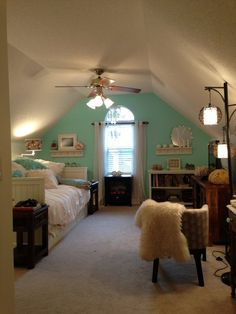 """Mary Anne's """"Ocean Vacation"""" Room Room for Color Contest"""