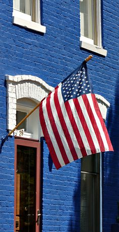Capitol Hill ~ American Flag....Fly her proudly, that's the freedom they are fighting for