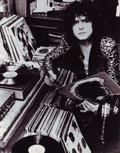 Marc Bolan | Tragically, a car accident ended the career of Bolan on September 16, 1977, two weeks before our idol turned 30 years old. The car, driven by a drunken Gloria Jones, skidded off the runway and ran into a tree, killing instantly Bolan, who was in the passenger seat.  A morbid curiosity is the fact Bolan always have talked about cars in their lyrics and have also refused to drive for simple fear of dying as one of his idols: James Dean. Even commented in the press about some…