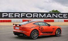 Quer viajar num Jaguar F-Type SVR no circuito de Nürburgring? - EExpoNews