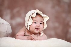 These 7 Japanese Baby Names Are Even More Beautiful When You Know What They Mean Pregnancy Timeline, Pregnancy Advice, Pregnancy Foods, Pregnancy Belly, Pregnancy Care, Erwarten Baby, Baby Cheeks, Pregnancy Cravings, Newborn Posing