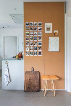 35 shocking home office with a cork wall 35 Scandinavian Home Interiors, Scandinavian Kitchen, Memory Wand, Room Inspiration, Interior Inspiration, Tiny Dining Rooms, Cork Wall, Home Office, Kitchen Remodel