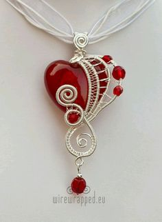 Red and silver heart pendant Wire Wrapped Pendant, Wire Wrapped Jewelry, Wire Jewelry, Pendant Jewelry, Jewelry Crafts, Jewelry Art, Beaded Jewelry, Jewelry Accessories, Handmade Jewelry