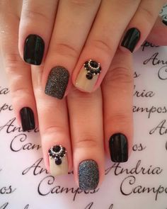 @pelikh_Andria Campos