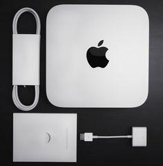 Y tras dos años de no tener noticias de los Mac Mini, Apple nos mostró las actualizaciones que trae para sus computadores más baratos. Sus precios serán de 499, 699 y 999 dólares y son completamente personalizables.  http://www.linio.com.co/apple?utm_source=pinterest&utm_medium=socialmedia&utm_campaign=COL_pinterest___apple_applehome_20141119_16&wt_sm=co.socialmedia.pinterest.COL_timeline_____apple_20141119applehome.-.apple