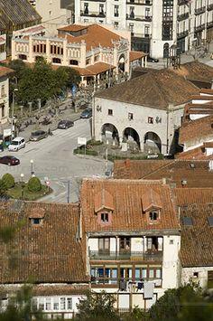 Ayuntamiento y Mercado. Laredo, Cantabria