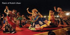 Navratri and Dussehra are two most popular Indian festivals in October. IndianEagle shares where to celebrate Navratri and Dussehra in India this year Navratri Songs, Navratri Garba, Navratri Festival, Happy Navratri, Navratri Dress, Garba Dance, Mothers Day Drawings, Indian Classical Dance, 7 Places