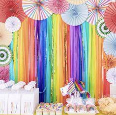 Streamer Backdrop, Diy Photo Backdrop, Party Streamers, Rainbow Party Decorations, Fiesta Decorations, Birthday Party Decorations, Halloween Decorations, Mardi Gras, Rainbow Birthday Party