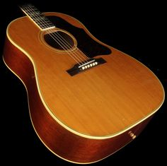 """Gibson Vintage Late """"Country Western"""" Southern Jumbo Acoustic Guitar Natural - Used Gibson Epiphone, Gibson Guitars, Guitar Pics, Cool Guitar, Gibson Acoustic, Acoustic Guitars, Guitar Store, Vintage Guitars, Music Instruments"""