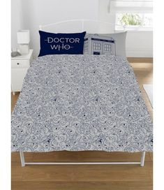 f6a0cf063eee Doctor Who Classic Tardis Double Duvet Cover and Pillowcase Set
