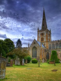 Church of the Holy Trinity /     Stratford-Upon-Avon (UK)  #travel