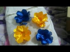 30 Ideias de Forminhas para Doces Finos - Artesanato Passo a Passo! Diy Flowers, Paper Flowers, Candy Making, Crepe Paper, Craft Videos, Ribbon Bows, Projects To Try, Paper Crafts, Ideas