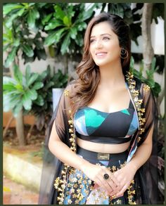 Isha Rikhi Hot HD Photos & Wallpapers for mobile Beautiful Girl Indian, Most Beautiful Indian Actress, Beautiful Saree, Cute Girl Pic, Cute Girls, Hot Actresses, Indian Actresses, Girl Photo Poses, Indian Beauty Saree