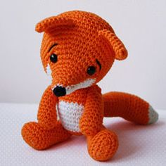 Amigurumi Crochet Fox Pattern - Lisa the Fox - Softie - PlushImportant: Lisa the Fox pattern is available only in English language! This is a listing for the crochet pattern, not finished doll! Are you tired of hearing how foxes are invasive? Amigurumi Fox, Crochet Amigurumi, Amigurumi Patterns, Crochet Dolls, Crocheted Toys, Baby Knitting Patterns, Crochet Patterns, Crochet Ideas, Crochet Fox Pattern Free