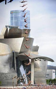 Red Bull Cliff Diving Bilbao Sept. 2014. Los saltos más espectaculares sobre la ría de Bilbao.