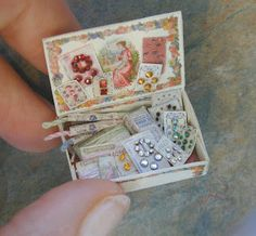 JDayMinis, Life, Antique Inspiration, Freebies: Miniatures for Sale