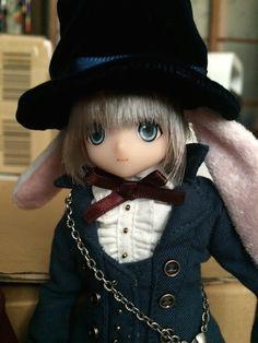 Azone doll: Alice tea party's Clock Rabbit Yuta By Mes Crazy Experiences