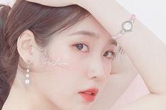 Jung Kook, Seokjin, Taehyung, Korean Girl Photo, Iphone Wallpaper Tumblr Aesthetic, Korean Actresses, Korean Celebrities, Korean Beauty, Queen