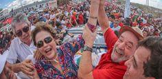 """A ex-presidente Dilma Rousseff (PT) afirmou, neste domingo (19), em Monteiro (PB), que um """"segundo golpe"""" está sendo articulado para impedir a candidatura ..."""