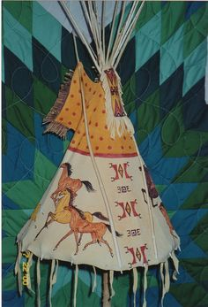 Matt creates these lamps by painting on leather his vibrant scenes of native American life and wildlife and shaping them into the traditional tipi. Native American Fashion, Native American Indians, Native Americans, Western Christmas, Indian Quilt, Indian Living Rooms, Teepee Tent, Painting Leather, Western Art
