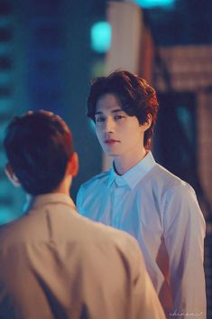 Strangers from hell, he was epic in that role 💕💕💕 Asian Actors, Korean Actors, Lee Dong Wook Wallpaper, Lee Dong Wok, Im Siwan, Goblin Korean Drama, Song Joong, Cute Gay Couples, Gong Yoo