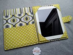 iPad 1234 cover iPad Air cover Nook HD plus Kindle DX Kindle Fire Yellow and Gray Feeling Groovy Custom order Sewing Hacks, Sewing Tutorials, Sewing Patterns, Fabric Crafts, Sewing Crafts, Sewing Projects, Capas Kindle, Pochette Portable, Kindle Case