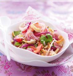 Glasnudel-Salat mit Hähnchen und Limetten-Chili-Dressing