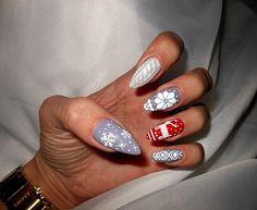 Indigo Nails Lab -  Find more Inspiration at www.indigo-nails.com #Nail #Christmas #Mani