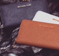 Michael Kors handbags outlet online for women, Cheap Michael Kors Purse for sale. Shop Now! Michaels Kors Handbags Factory Outlet Online Store have a Big Discoun 2015.love and to buy it! fashion #Michael #Kors #handbags