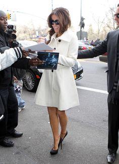 Love Beckinsale's look.