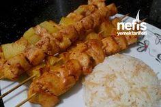 Fırın Poşetinde Tavuk Şiş Fish And Meat, Fish And Seafood, Turkish Recipes, Italian Recipes, Turkish Chicken, Turkey Today, Kebab Recipes, Homemade Beauty Products, Fresh Fruits And Vegetables