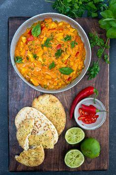 Thaise curry met kipfilet en doperwten - Mind Your Feed