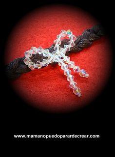 Los Reyes han recibido una carta de Binefar, ella desea lucir una de las pulseras que realiza Mama no puedo parar de crear, así que Swarovski de crystal en forma de lazada para una mujer a la que los complementos le apasionan.