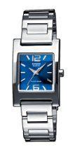 Tienda Online - Oh my God! Casio Quartz, Casio Watch, Casio Vintage, Metal Fashion, Square Watch, Crystals, Bracelet, Lady, Blue Nails